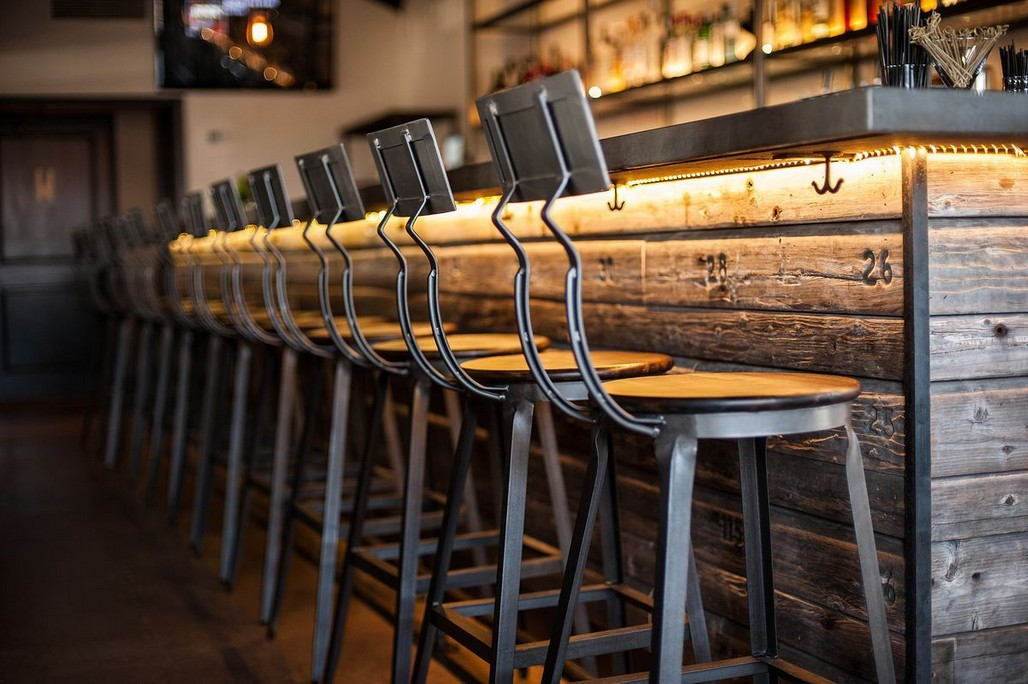 buy-restaurant-tables-restaurant-lounge-chairs-contemporary-bar-stools-wholesale-bar-stools-and-tables