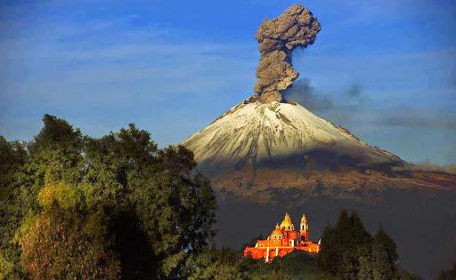 Опасные вулканы Америки